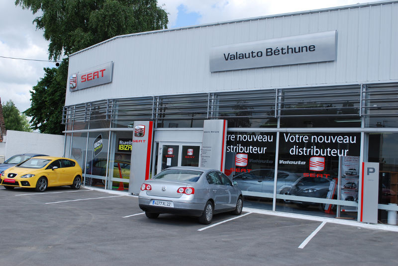 Valauto seat sailly labourse b thune concessionnaire for Garage la belle auto