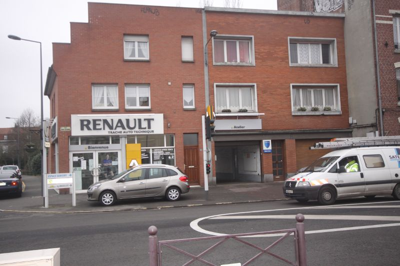 Route occasion garage renault chelles for Garage renault denain occasion